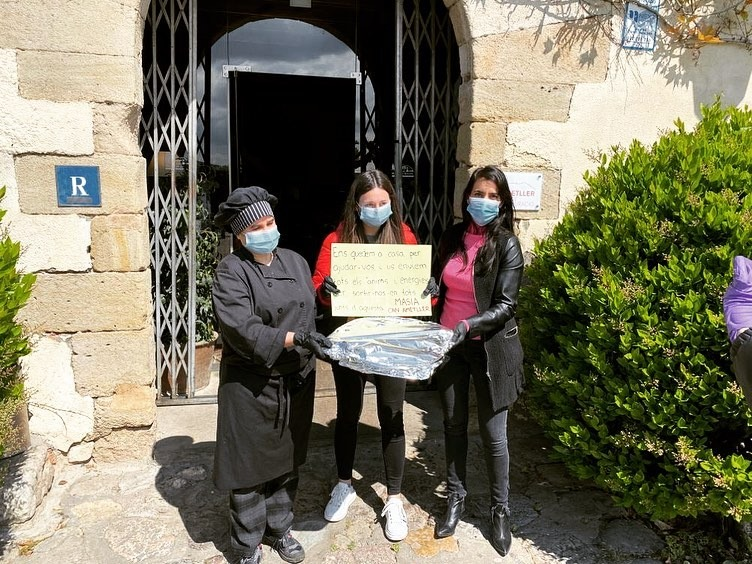 Enviado un paquete gastronómico al Hopistal General de Catalunya